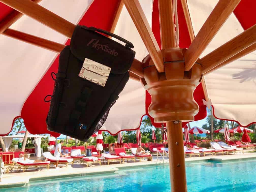 FlexSafe locked to umbrella
